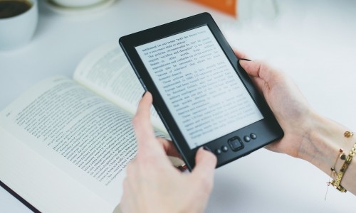 Essential Reading List for Customer Service Tips